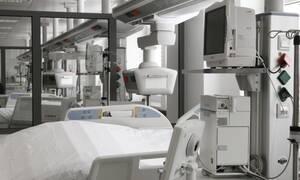 Σαράντα εννέα κρεβάτια Εντατικής από τις ιδιωτικές κλινικές στη διαχείριση του ΕΚΑΒ