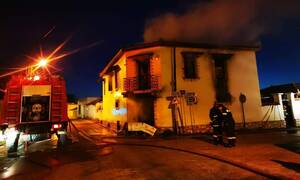 Θρίλερ στο Άργος: Στις φλόγες μονοκατοικία - Αγνοούνται δύο αδέλφια