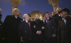 Έξαλλος ο Μακρόν με Ισραηλινούς στρατιώτες: «Περάστε έξω»