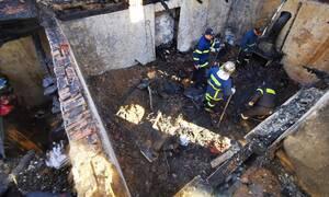 Τραγωδία στο Άργος: Βρέθηκαν οι σοροί των δύο αδελφών - Kάηκαν μέσα στο σπίτι τους (pics&vid)