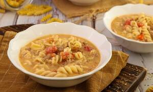 H συνταγή της ημέρας: Σούπα με κιμά και βίδες