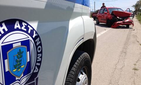 «Κόλαση» στη λεωφόρο Σχιστού: Τροχαίο ατύχημα με τραυματίες - Τεράστιο μποτιλιάρισμα