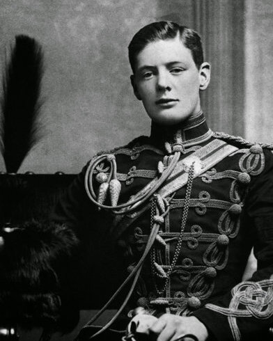 Winston_Churchill-young.jpg