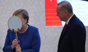 Ερντογάν και Μέρκελ ίσον Love for Ever