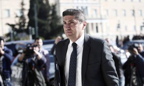 Αυγενάκης: «Υπαρκτό το ενδεχόμενο Grexit – Απέτυχαν FIFA και UEFA» (video)