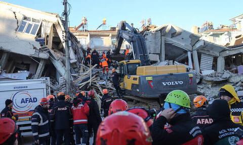 Εικόνα απόλυτης καταστροφής στην Τουρκία μετά τον ισχυρό σεισμό - Βίντεο από drone