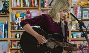 Taylor Swift: Η εξομολόγηση για το πρόβλημα υγείας της μητέρας της θα σε συγκλονίσει