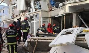 Σεισμός-Τουρκία: Εικόνες καταστροφής, δεκάδες νεκροί και εγκλωβισμένοι - Φόβοι για μεγαλύτερο σεισμό