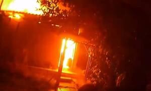 Θεσαλονίκη: Μεγάλη πυρκαγιά σε αποθήκη ξυλείας - Εντυπωσιακό βίντεο από την επιχείρηση κατάσβεσης