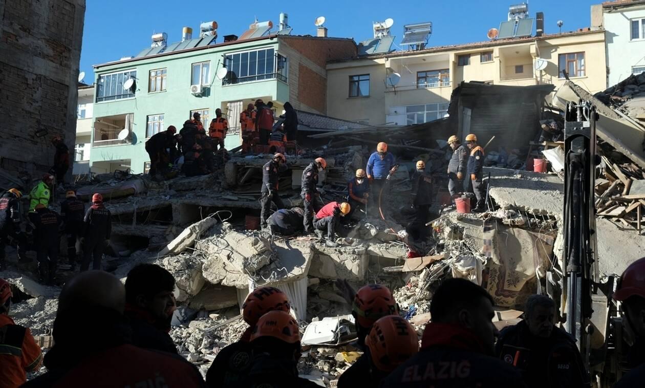 Σεισμός Τουρκία: Στους 31 οι νεκροί - Πάνω από 1.500 οι τραυματίες