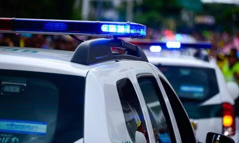 Προσπάθησε να αποφύγει κλήση - Φρίκαραν... οι Αστυνομικοί όταν είδαν τι είχε στο κάθισμα (pics)