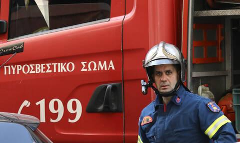 Κρήτη: Αυτοκίνητο έπεσε σε βράχο και ανετράπη - Εγκλωβίστηκε οδηγός στο ΙΧ