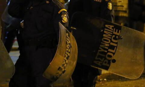 Τρεις αστυνομικές επιχειρήσεις στα Εξάρχεια με δεκάδες προσαγωγές