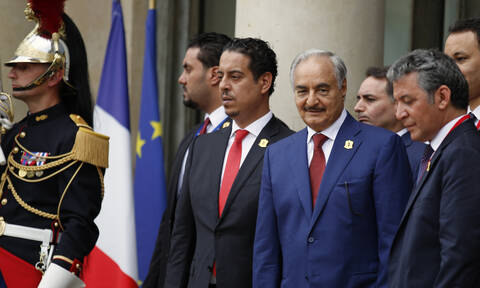 Λιβύη: Ποια είναι η στρατηγός - «δεξί χέρι» του Χαφτάρ (pics)