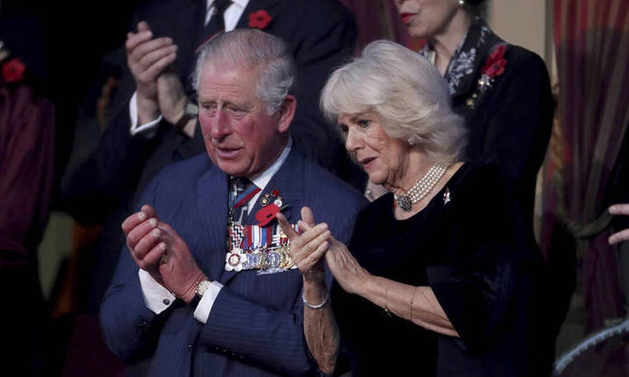 Νέο σκάνδαλο για τη βασιλική οικογένεια: Άντρας λέει ότι είναι παιδί του Κάρολου και της Καμίλα!