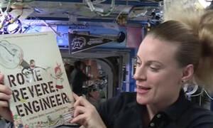 Παραμύθια για καληνύχτα που αφηγούνται ... αστροναύτες