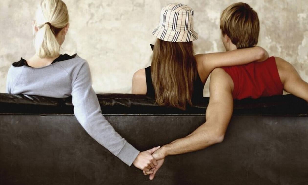 Πώς θα καταλάβεις αν σε απατάει η γυναίκα σου