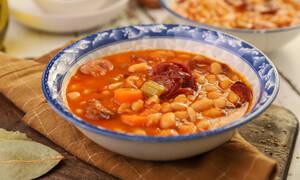 Η συνταγή της ημέρας: Φασολάδα με λουκάνικα