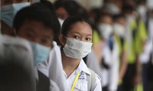Κοροναϊός: «Αγώνας δρόμου» από τους επιστήμονες για τη δημιουργία εμβολίου – Χιλιάδες τα κρούσματα