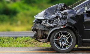 Δεν έχεις δει ξανά τέτοιο ατύχημα με αυτοκίνητο (pics)