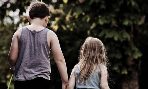 Σοκ: Μαχαίρωσε την 5χρονη αδερφούλα του - «Ήθελα να τη σκοτώσω» δήλωσε ο 9χρονος