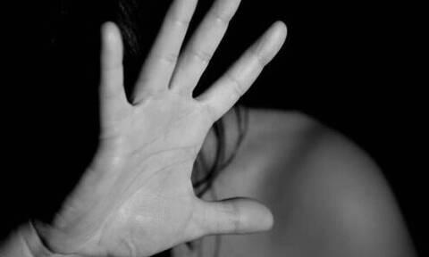 Φρίκη: «Ο πατέρας μου με βίαζε από τα 6 μου - Έμεινα έγκυος τρεις φορές» (pics)