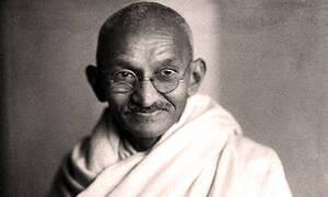 Σαν σήμερα το 1948 δολοφονήθηκε ο Ινδός πνευματικός ηγέτης και πολιτικός Μαχάτμα Γκάντι