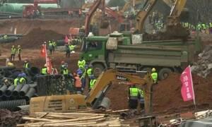 Κοροναϊός: Έχτισαν νοσοκομείο με 1000 κρεβάτια στο άψε-σβήσε! (video)