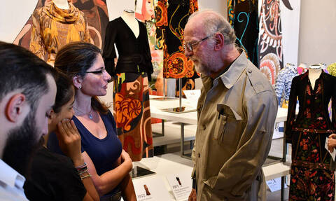 Γιάννης Τσεκλένης: Ποιος ήταν ο σπουδαίος Έλληνας σχεδιαστής μόδας