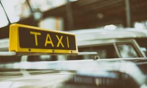 Δίκη ταξιτζή: «Αυτοτραυματίστηκε, δεν κακοποιήθηκε», υποστηρίζει ο ηθοποιός