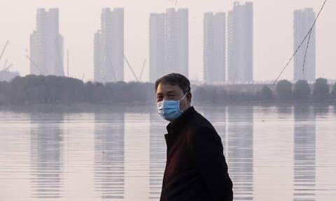 Κοροναϊός στην Κίνα: 42 νεκροί και 1.220 νέα κρούσματα την Πέμπτη στη Χουμπέι