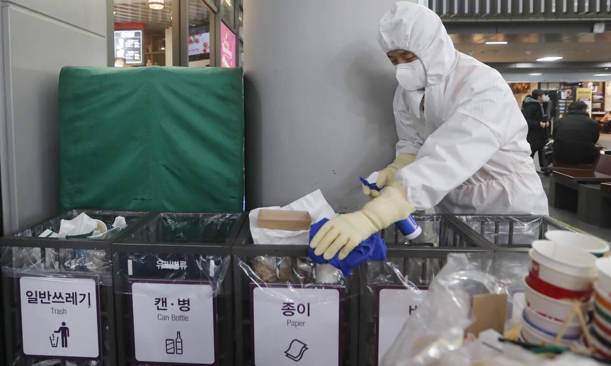 Κοροναϊός: Κίνδυνος παγκόσμιας επιδημίας; Στους 213 οι νεκροί - Αγγίζουν τα 10.000 τα κρούσματα