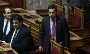 Μηταράκης: Τροπολογία στη Βουλή για καταγραφή εργαζόμενων στις ΜΚΟ από βδομάδα