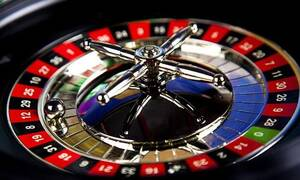 Καζίνο Ρίου και Θράκης: «Αμφίβολης συνταγματικότητας η προσωρινή διακοπή λειτουργίας»