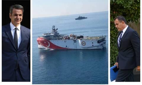 Στο Μαξίμου ο Υπουργός Άμυνας – Ενημέρωσε Μητσοτάκη για Oruc Reis