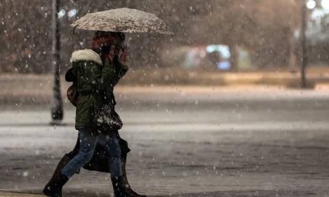 Καιρός: Ο χειμώνας επιστρέφει! Ραγδαία πτώση της θερμοκρασίας και χιόνια