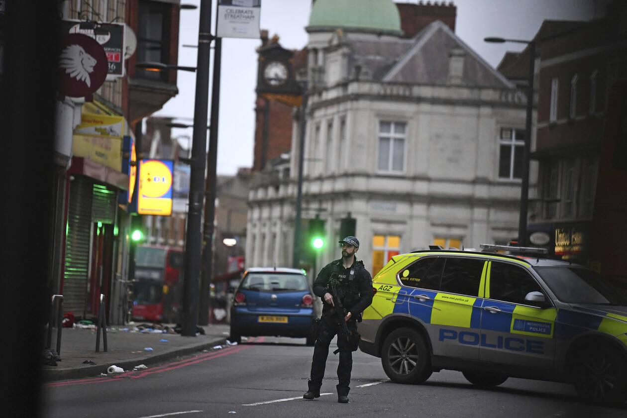 londino-epithesh-09.jpg