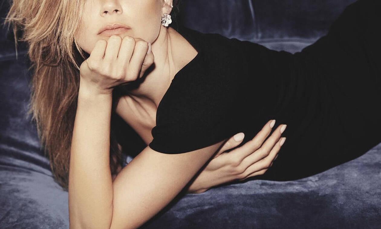 Όταν η πασίγνωστη ηθοποιός φωτογραφήθηκε ημίγυμνη! (pics)