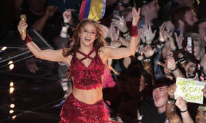 Viral η… γλώσσα της Σακίρα – Τι σήμαιναν οι κινήσεις της στον τελικό του Super Bowl