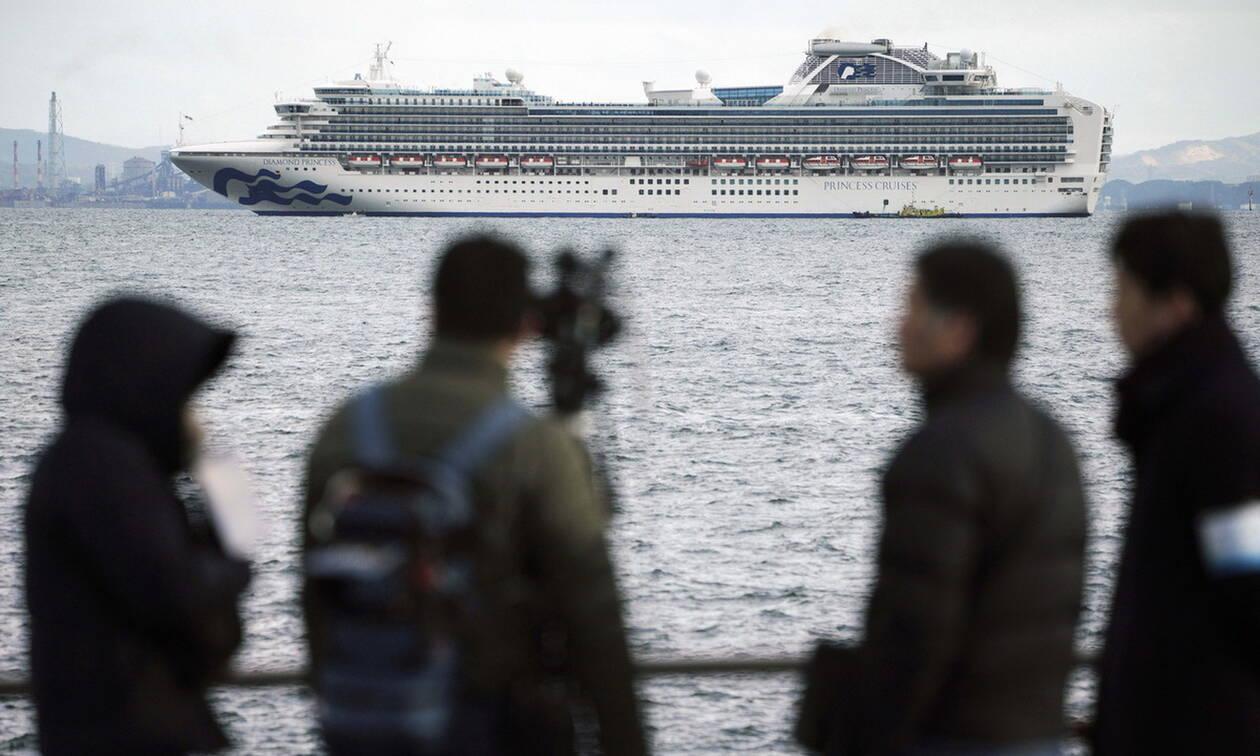 Συναγερμός σε κρουαζιερόπλοιο στην Ιαπωνία: Τουλάχιστον 10 επιβάτες έχουν το νέο κοροναϊό