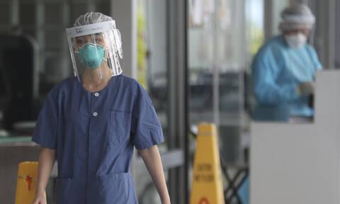 Κοροναϊός: Αυξάνονται ραγδαία οι νεκροί – Συγκλονιστικές προσωπικές ιστορίες από την Κίνα