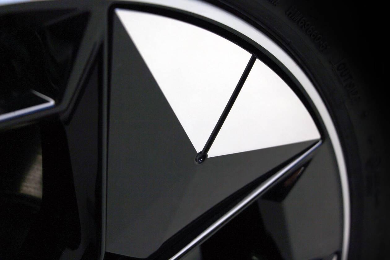 BMW-AERODYNAMIC-WHEELS-2.jpg