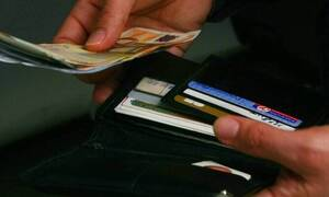 Κοινωνικό μέρισμα 2020: «Ψαλίδι» στον αριθμό των δικαιούχων - Ποιοι θα πληρωθούν τέλος του μήνα