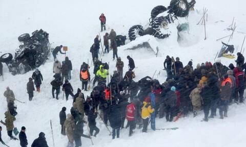 Τουρκία: Νέο βίντεο λεπτά μετά τη φονική χιονοστιβάδα στην ανατολική Τουρκία (vid)