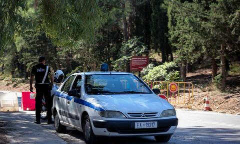 Ακροκόρινθος: Ανταλλαγή πυροβολισμών μεταξύ αστυνομικών και κακοποιών – Δύο τραυματίες