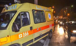 Οικογενειακή τραγωδία στην άσφαλτο: Νεκρός ο πατέρας, τραυματίες η μάνα και το παιδί στη Λ. Σχιστού