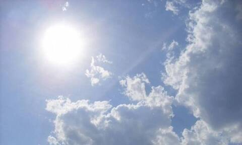 Καιρός: Ήλιος με «δόντια» την Κυριακή - Μικρή άνοδος της θερμοκρασίας