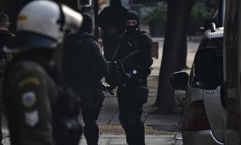 Νέα επιχείρηση της ΕΛ.ΑΣ. στα Εξάρχεια: Συλλήψεις και προσαγωγές για ναρκωτικά