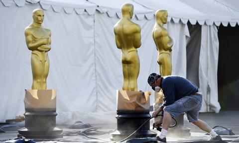 Oscars 2020 – Όσκαρ 2020: Όλα έτοιμα για την τελετή – Δείτε πώς στήνουν το… κόκκινο χαλί