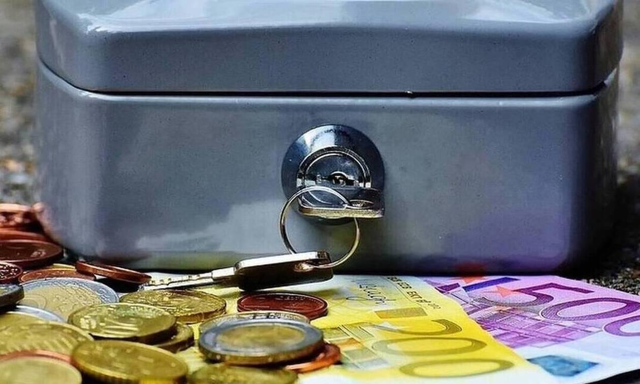 ΟΠΕΚΑ: Πότε θα πληρωθούν οι δικαιούχοι ΚΕΑ και προνοιακών επιδομάτων